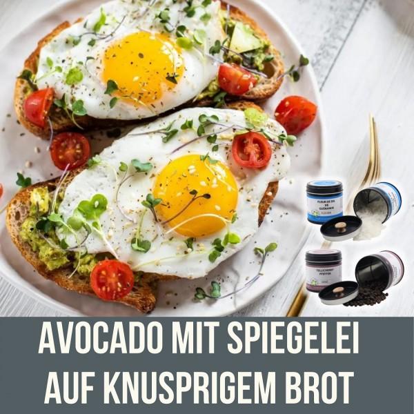 avocado_mit_spiegelei_auf_Brot_kochenmitjustchili_instagramUaIOSmkqLhtV7